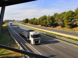 Francia penalizará a los camiones diésel a partir de 2030