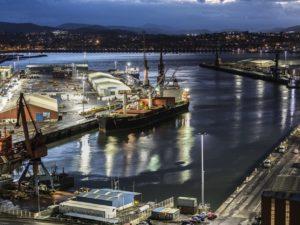 La estiba del Puerto de Bilbao camina hacia la huelga indefinida