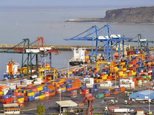 El estancamiento de la negociación lleva al Puerto de Bilbao a la reunión definitiva con Trabajo