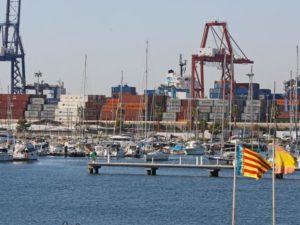El puerto de Valencia mueve más de 13 millones de toneladas de mercancías