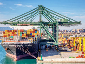 El puerto de Valencia gana peso como 'hub' marítimo