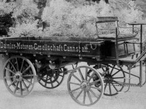 Un homenaje al primer camión de la historia